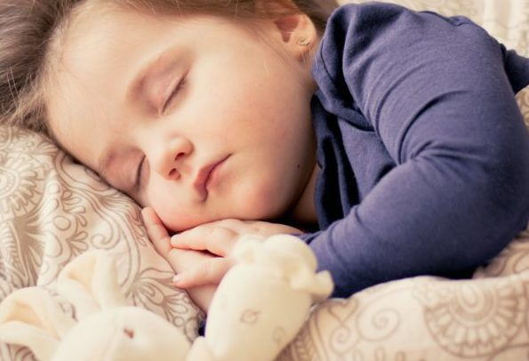 6 Tips to Get Kids to Bed Earlier